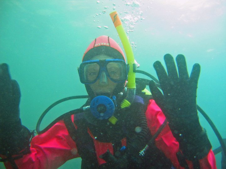 PADi dry suit course, keep warm while scuba diving with this padi dry suit diver course