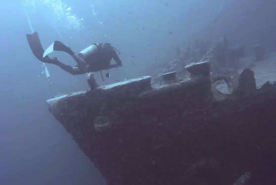 scuba diving a wreck is awesome and can lead to some cool scuba diving stories with the padi wreck scuba diver course